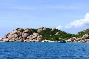 5 lý do nếu du lịch Nha Trang nhất định nên đến đảo Bình Ba 1
