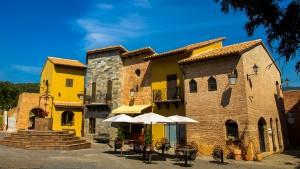 Nước Ý thu nhỏ ở xứ sở chùa vàng 2
