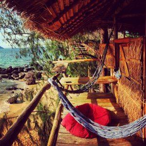Tận hưởng cảm giác ngủ trên cây khi đến đảo Koh Rong 2