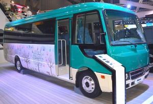 cho-thue-xe-29-cho-dong-fuso-mercedes-2016-moi-nhat-gia-re-nhat